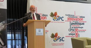 Sir Peter Gluckman Chief Science Advisor to the Prime Minister of New Zealand gave a presentation titled Science Advice in a Troubled World.
