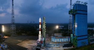 Panaromic view of fully integrated PSLV-C40 with Mobile Service Tower withdrawn