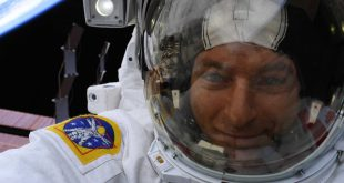 David Saint-Jacques is enjoying the view on his spacewalk