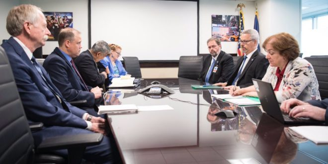 CSA president Sylvain Laporte met NASA administrator Jim Bridenstine and other officials to discuss the Artemis program
