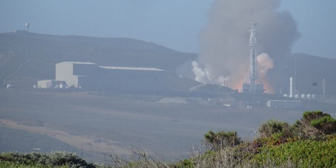 SpaceX Falcon 9 static fire test of the first stage ahead of the launch June 12 of the RADARSAT Constellation Mission