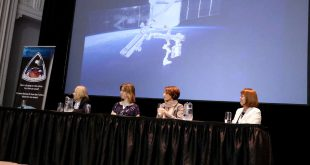 Women in Space panel at the Canadian Space Society Space Summit. Left to right: Larisa Beach, Neptec, Elise Harrington, Western Unniversity, Taryn Tomlinson, Canadian Space Agency, Stella Melo, Environment Canada.