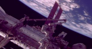Astronauts replace a Canadarm2 Latching End Effector