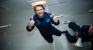 Peter Diamandis on a ZERo G flight